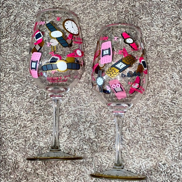 """5 o'clock somewhere"" Lolita wine glasses"